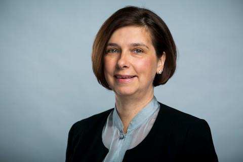 Frau Emina Fazlic