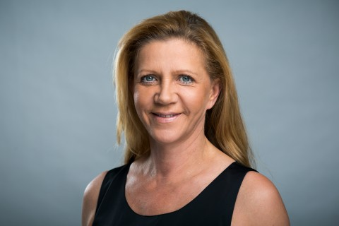 Frau Veronika Kuhncke